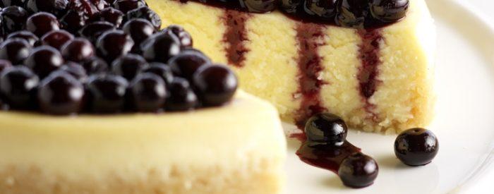 Vanilla Mascarpone Blueberry Cheesecake